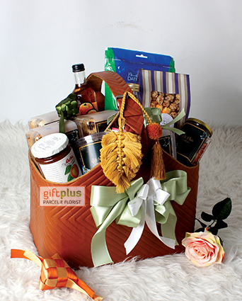 E. GOURMET HAMPERS