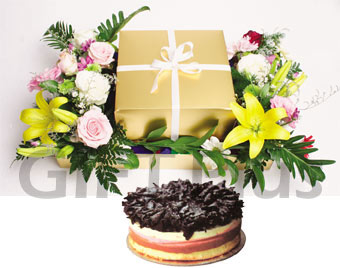 Tripple Cheese cake + Flowers Arrangement